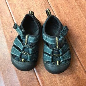 Keen Velcro Sandals 5